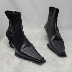 Michel Perry booties with bead accents sz 38